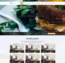 html5大气英文旅游度假酒店预订